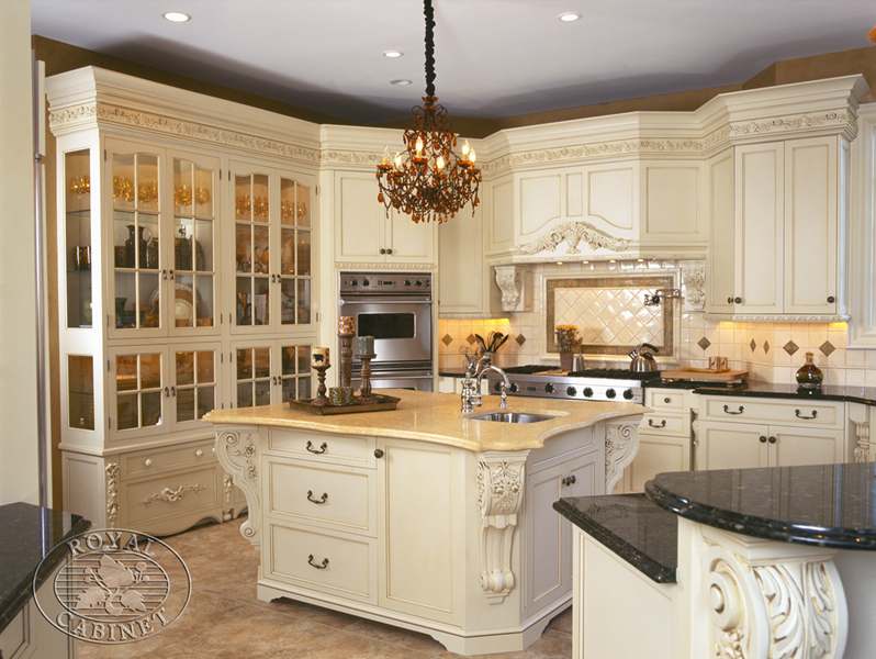 Royal Cabinet Company Cucina Bianca Traditional Kitchen Other
