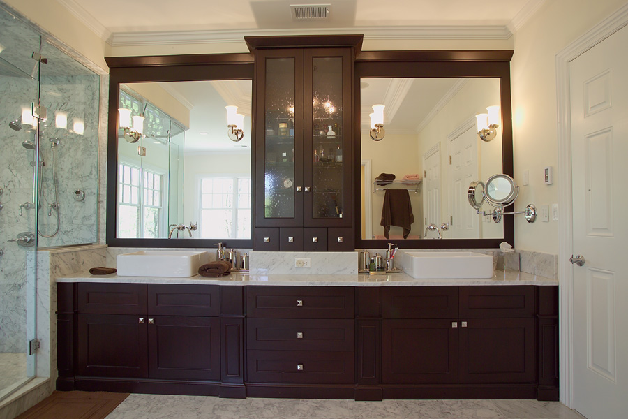 Platinum designs llc custom bathroom cabinetry master for Custom master bathroom designs